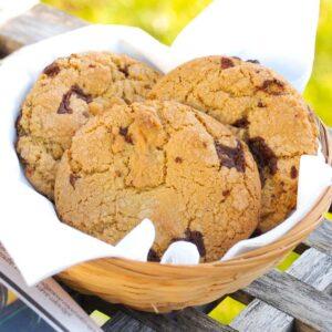 Bløde cookies med chokolade - opskrift fra Bageglad