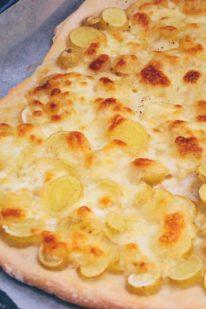 Kartoffelpizza opskrift fra Bageglad