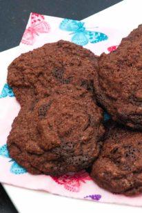 Chokolade cookies med chokolade stykker fra Bageglad