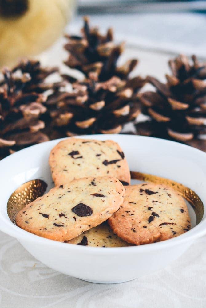 Ingefær småkager med chokolade fra Bageglad