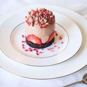 Jordbær chokolademousse dessert fra Bageglad