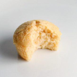 Svampet vanille cupcake