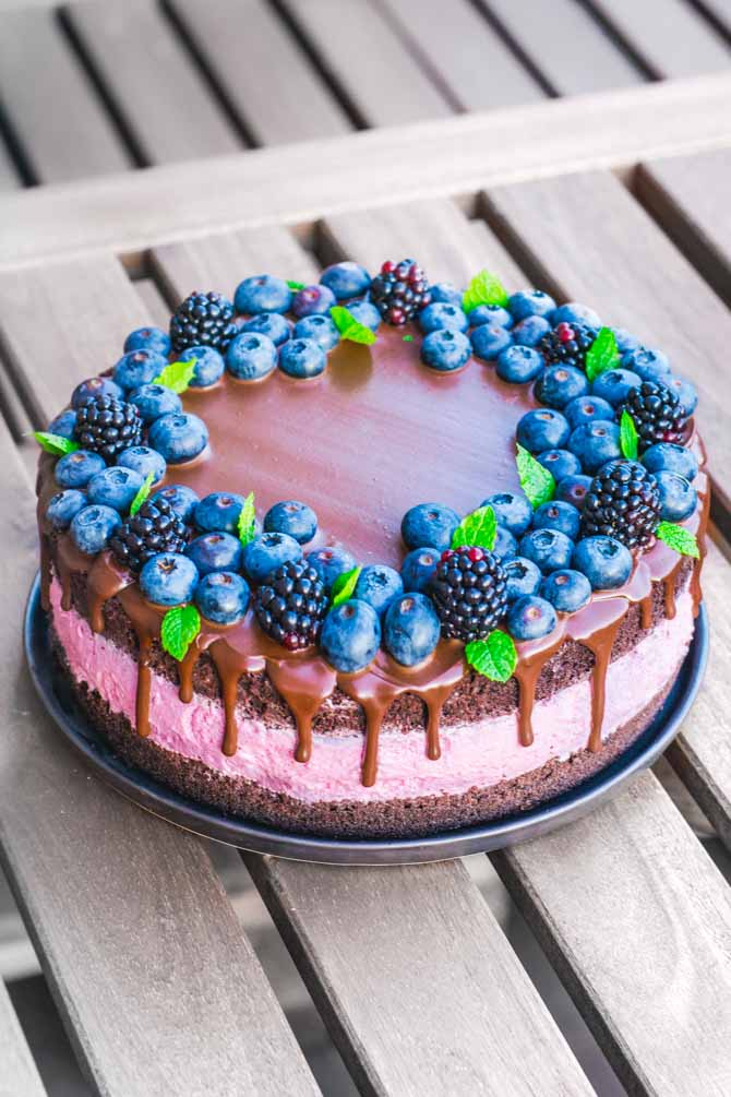 Brombær- og chokoladelagkage fra Bageglad