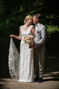 Brudepar blondekjole