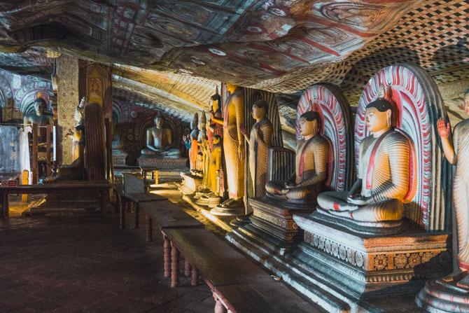 Buddhaer i Dambulla Cave Temples
