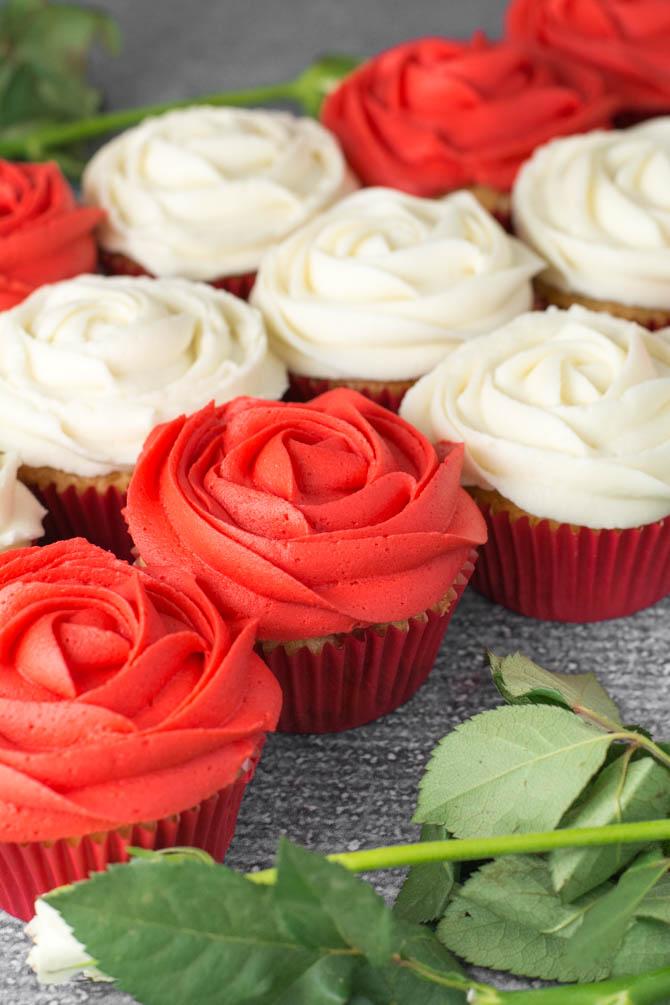 Rose cupcakes fra Bageglad