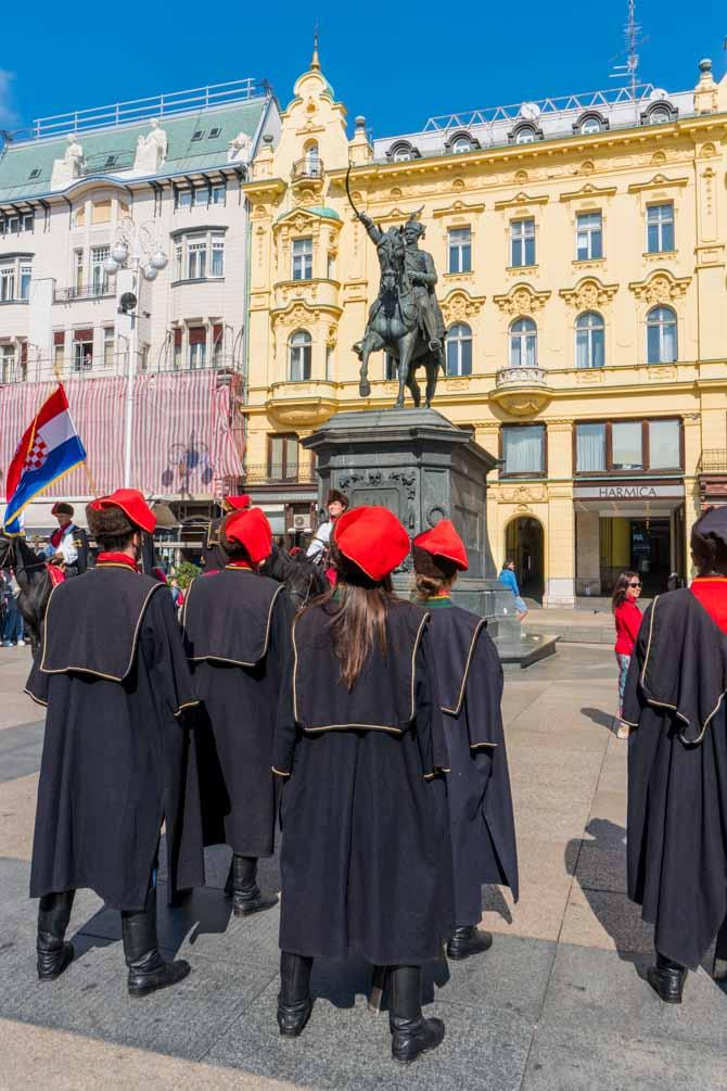 Ban Jelacic Square i Zagreb