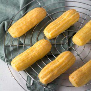 Tips til at bage perfekte gyldne eclairs