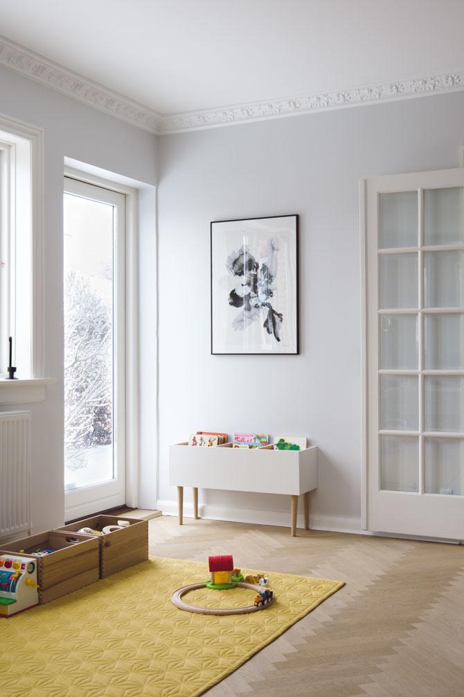 Stue legetæppe og bogkasse