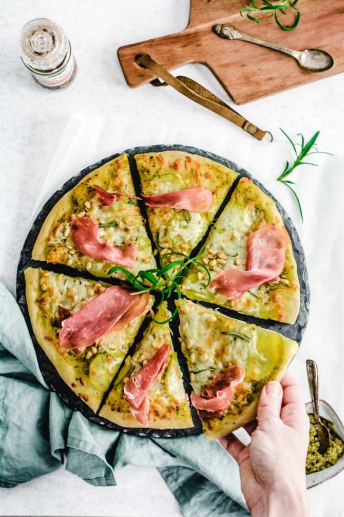 Hvid pizza med kartofler