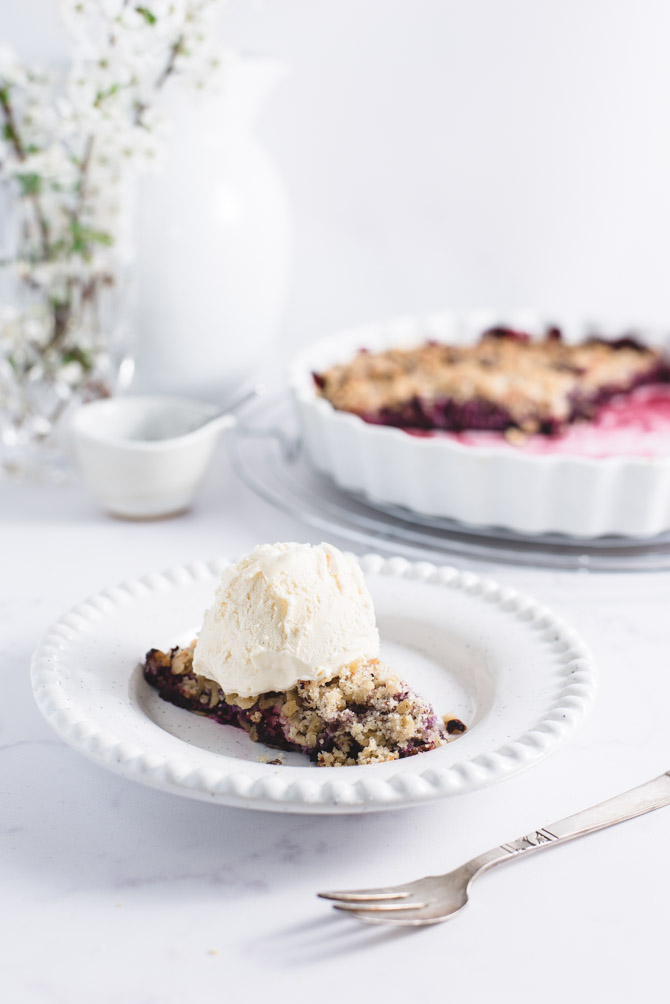 Hindbær crumble med is