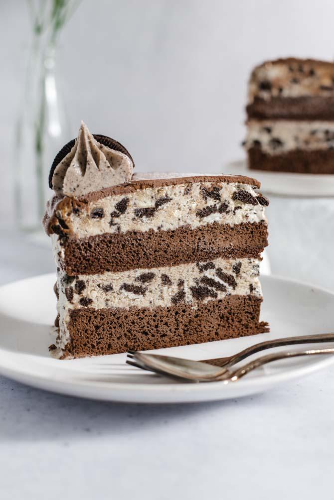 Islagkage med oreos og chokoladekage